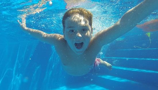 Как узнать сколько калорий расходуется при плавании брасом?